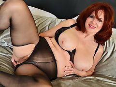 Redhead milf Andi James pleasures their way mature pussy