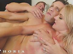 BiPhoria - Pool Boy's Lickerish GF Initiates Threesome With Boss