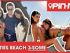 Rosa and Sofia spoil his boner at one's fingertips the beach! PINME
