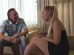 Deutsches Teen Lena Nitro auf der Casting Couch