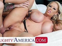 Naughty America - Alura Jenson gives Quinton sterling fuck