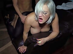 Hotwife Shows how commandeer she is about creampie