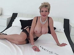 Lady Sonia random Cheep follower blowjob handjob massage