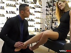 YOUMIXPORN Interactive - Alexis Crystal fucks for free shoes and gets cum on her feet